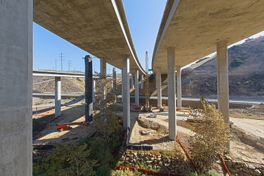 T.Y. Lin International I-805 Carroll Canyon Road and HOV Extension