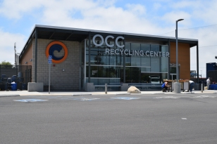 E1_Michael_Baker_OrangeCoast_Recycling_Photo9